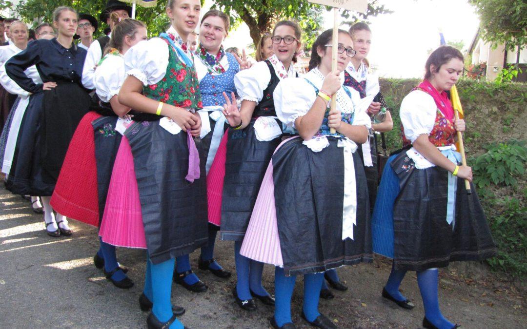 Sváb Fiatalok VIII. Országos Találkozója, Mány